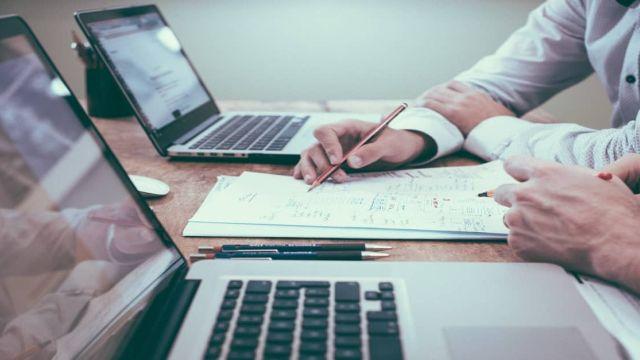 """Digitalisering bij B2B-bedrijven: """"Winnen of verliezen; een kwestie van data en cultuur"""""""