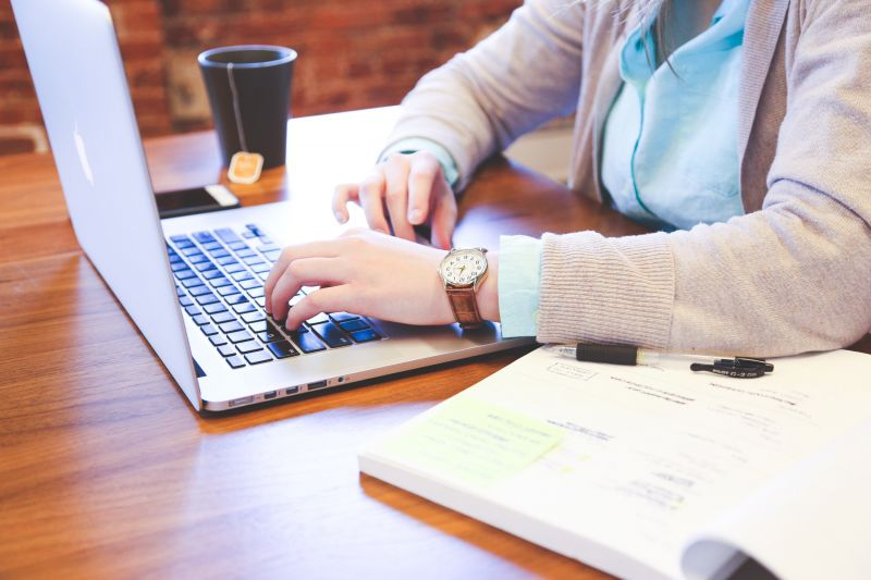 Thuiswinkel e-Academy helpt e-commercebranche met gratis e-learnings
